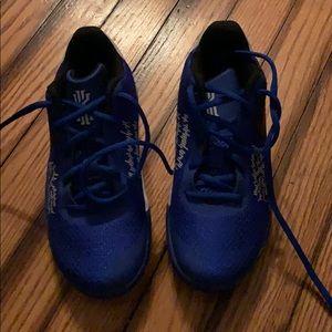 Brand new never worn Nike sneakers